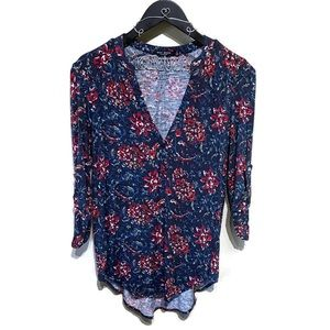 Max Jeans Blue & Red Floral V-Neck Tab-Sleeve Top